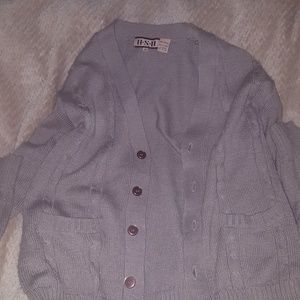 Sweaters - I'm selling a sweater / cardigan